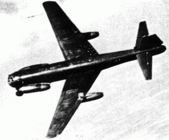 El primer avion de quinta generacion???? JU-287 Ju287v1_21