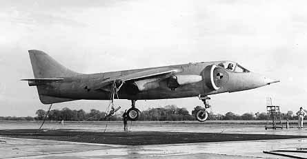 [1954] Un mystérieux dernier-né de l'aviation britanique P1127_01